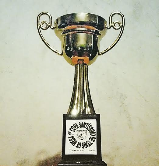 tênis de mesa- trofeu- paralímpiadas - de papo com Claudinha