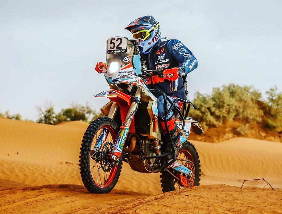 Aos 48 anos, italiano será o primeiro piloto cadeirante a disputar o Dakar de moto